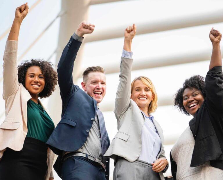 Team von kredit-trotz-negativer-schufa.info
